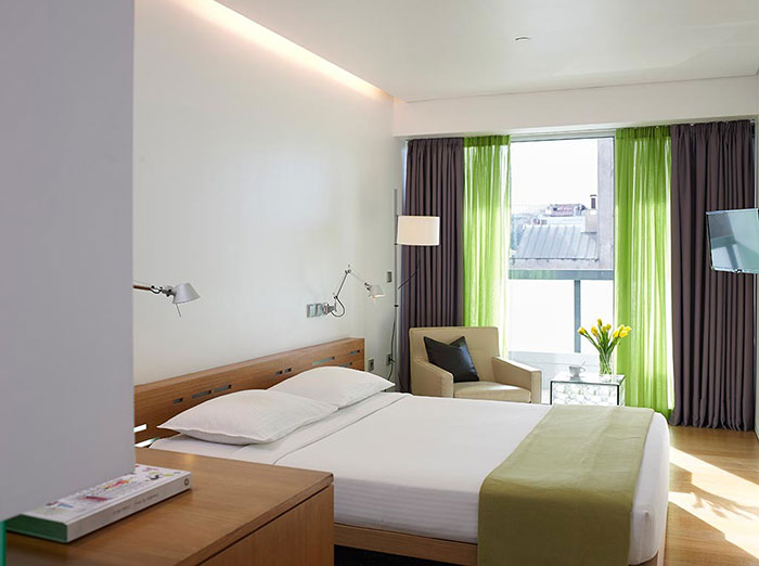 Emporium-Voyage-Fresh-Hotel-Athens-Superior room with Balcony (2).jpg