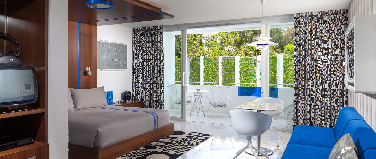 Design Location Luna2 private hotel Seminyak Luxury Suit (2).jpg