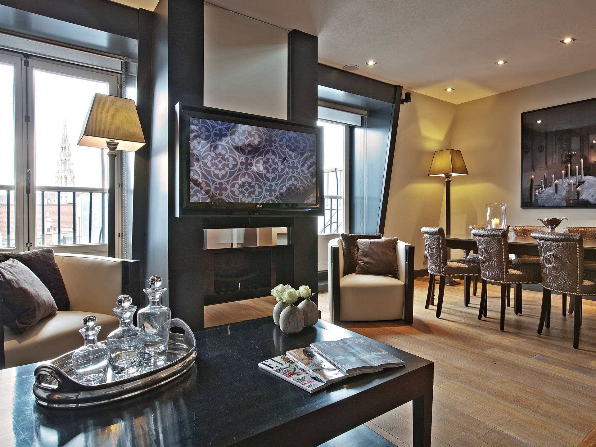 Emporium-Voyage-The-Dominican-Brussels-Executive Suite (2).jpg