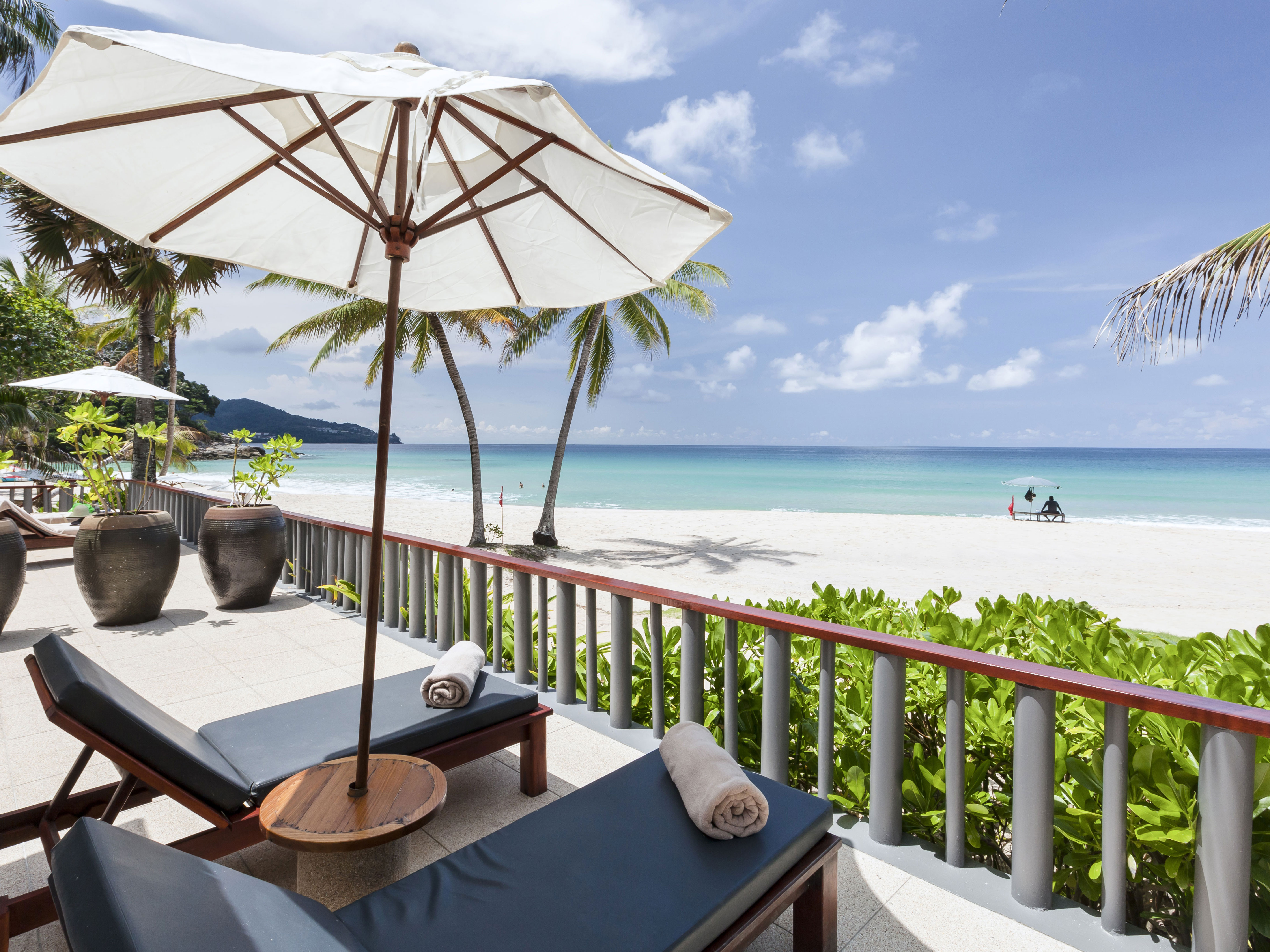 the-surin-phuket-beach-studio-suite-v2-R-r.jpg